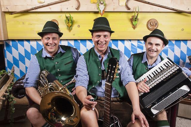 Selfie Musikanten beim bayrischen Abend