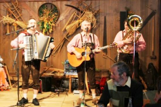Bayrische Oktoberfest Musik in der Schweiz