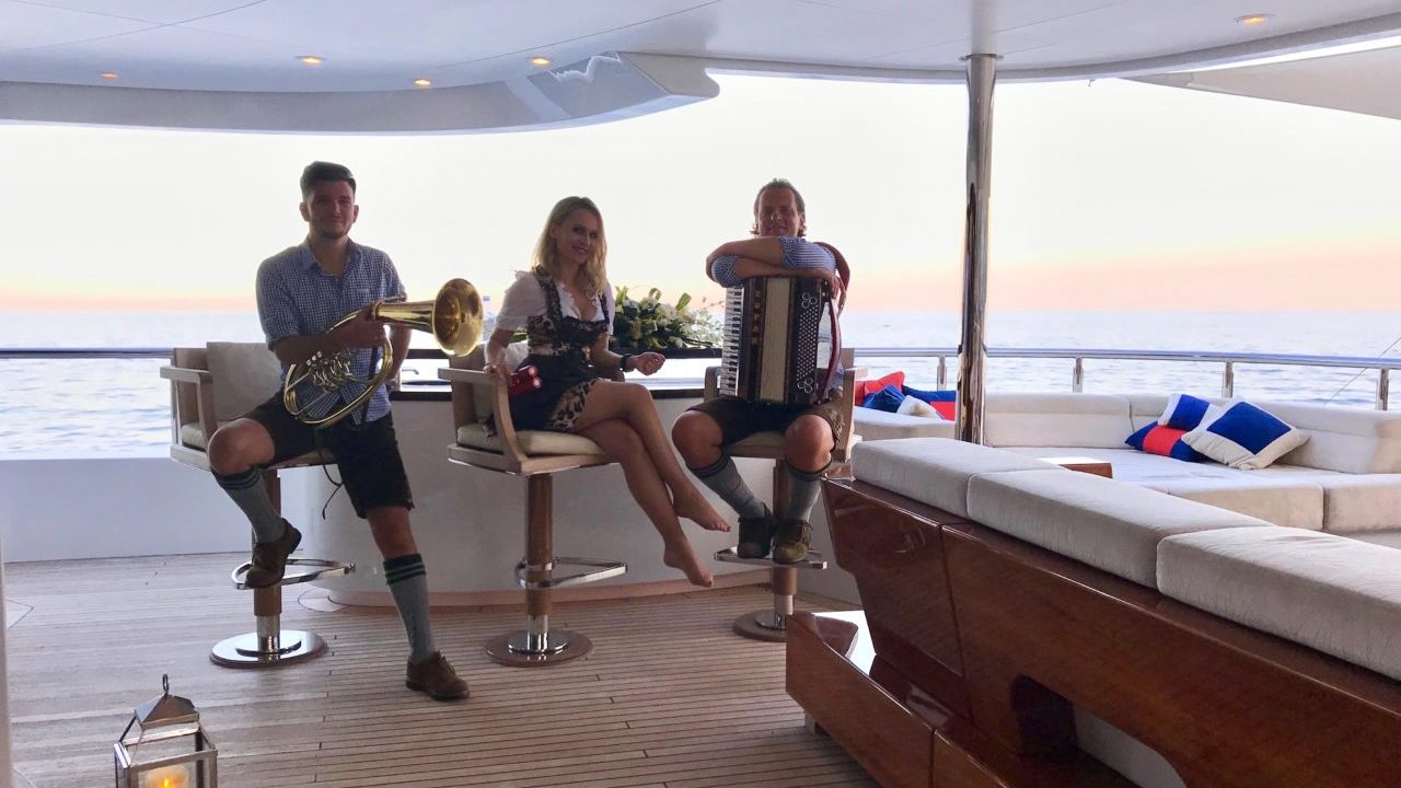 Animation yachting Côte d'Azur Monaco Saint Tropez