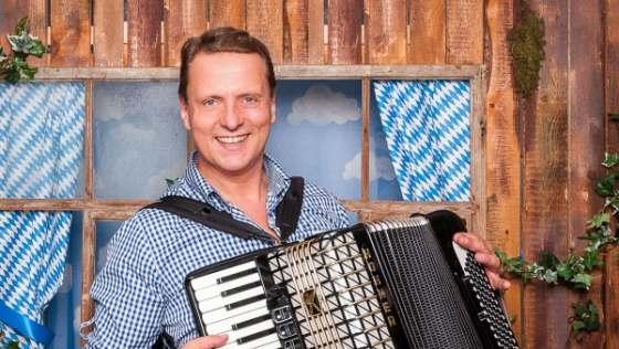 Musiker Alleinunterhalter Goldene Hochzeit 80. Geburtstag