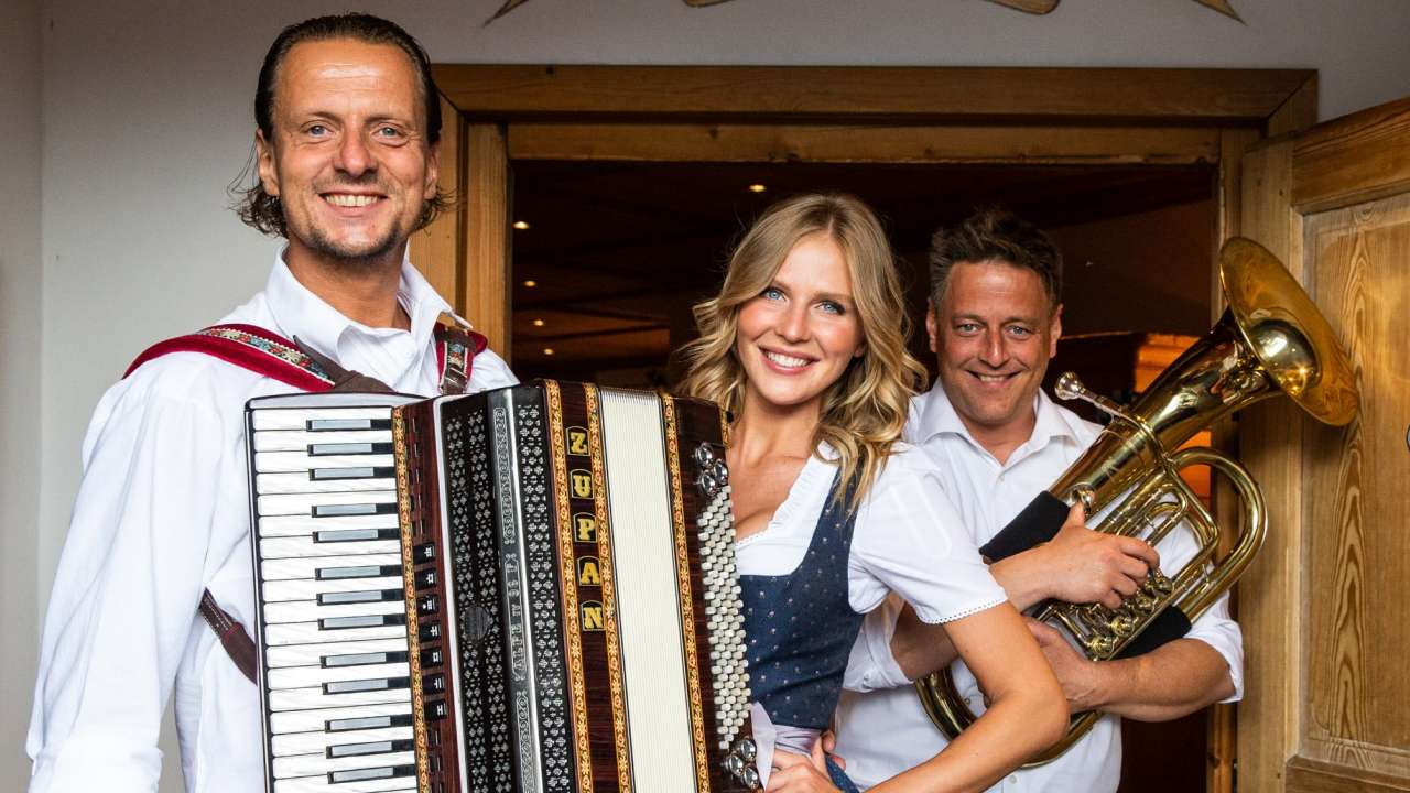 Oktoberfest band from Germany for hire